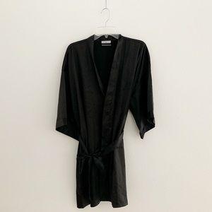 Other - NWOT Turquaz Linen Bride w/rhinestone Robe 💋👠💍